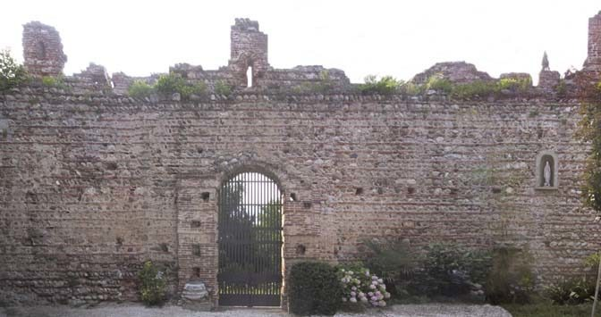 """COMPLETION OF THE RESTORATION OF THE CASTLE AND THE COMPLEX """"DELLE GRAZIE"""""""